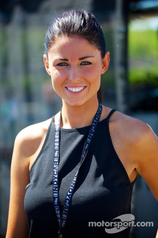 Barber Motorsports Park >> Kristen Dee, girlfriend of James Hinchcliffe, Andretti Autosport Honda at Birmingham