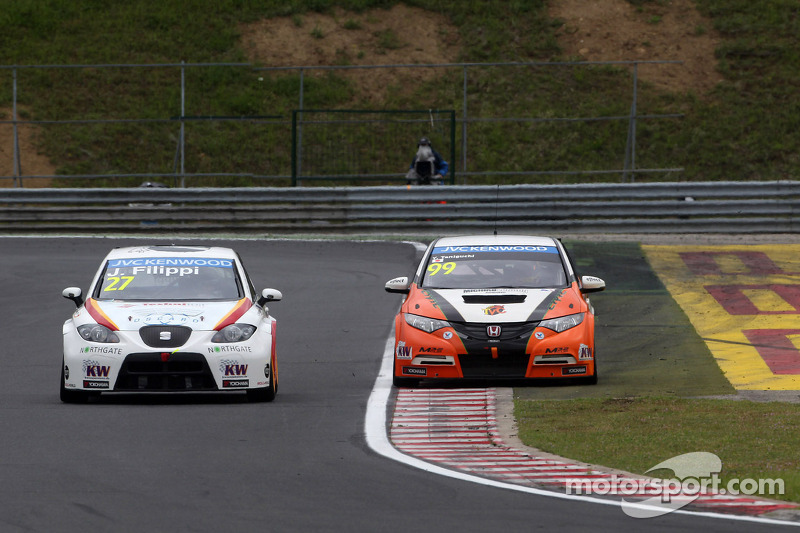 John Filippi, SEAT Leon WTCC, Campos Racing e Yukinori Taniguchi, Honda Civic WTCC, NIKA Racing