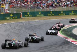 Nico Hulkenberg, Sahara Force India F1 VJM07 ve takım arkadaşı Sergio Perez, Sahara Force India F1 VJM07