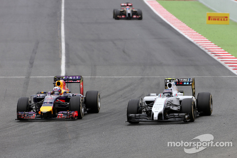 Daniel Ricciardo, Red Bull Racing and Valtteri Bottas, Williams F1 Team
