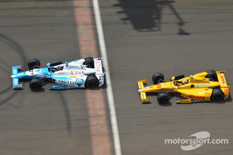 EJ Viso ve Ryan Hunter-Reay