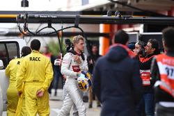 Marcus Ericsson, Alfa Romeo Sauber F1 Team returns to the pits