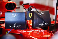 Sebastian Vettel, Ferrari SF71H, con las nuevas pantallas