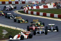 Ayrton Senna, McLaren MP4/8 leads