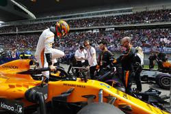 Stoffel Vandoorne, McLaren, en la parrilla