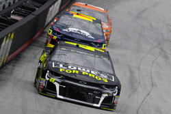 Jimmie Johnson, Hendrick Motorsports, Chevrolet Camaro Lowe's for Pros and William Byron, Hendrick Motorsports, Chevrolet Camaro AXALTA