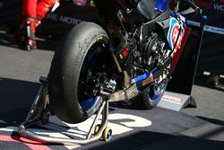 Alex Lowes, Pata Yamaha bike detail