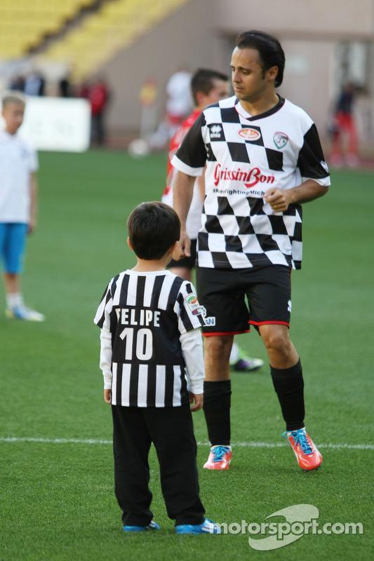 Felipe Massa, yardım maçında