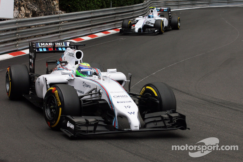 Felipe Massa, Williams FW36 lidera a su compañero Valtteri Bottas, Williams FW36