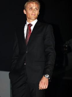 Max Chilton, Marussia F1 Takımı Amber Lounge Fashion Show'da