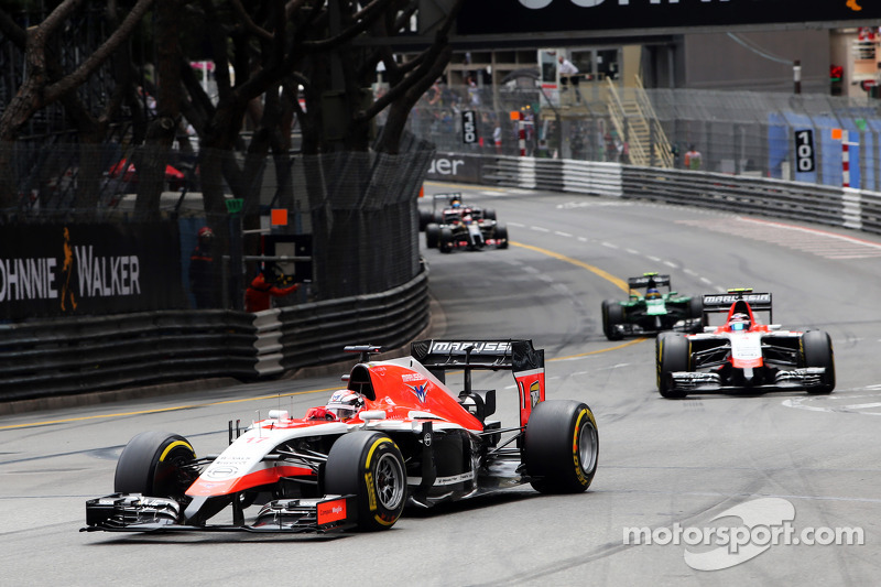 Jules Bianchi, Marussia F1 Takımı MR03 ve takım arkadaşı Max Chilton, Marussia F1 Takımı MR03