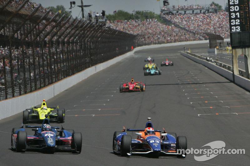Graham Rahal, Rahal Letterman Lanigan Racing Honda ve Charlie Kimball, Novo Nordisk Chip Ganassi Rac
