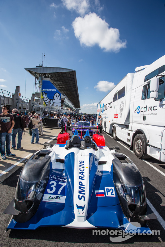 #37 SMP Racing Oreca 03 - 日产