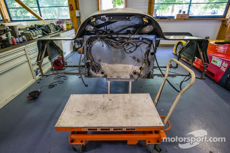 Courage Compétition: a Porsche 962 in restauro