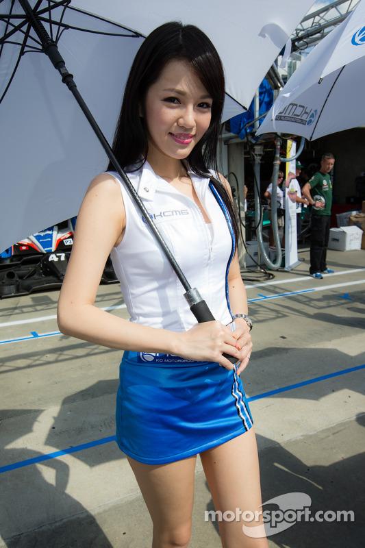 A lovely KCMG girl