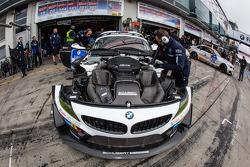#19 Schubert Motorsport BMW Z4 GT3