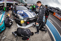 #24 Schulze Motorsport 日产 GT-R Nismo GT3: Kazunori Yamauchi, Tobias Schulze, Michael Schulze, Jordan Tresson