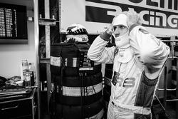 Markus Winkelhock gets ready for his last stint