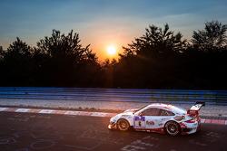 #6 Frikadelli Racing Team 保时捷 997 GT3 R: 克劳斯·阿比伦, 萨宾·施密茨, 帕特里克·许士文, 帕特里克·皮勒