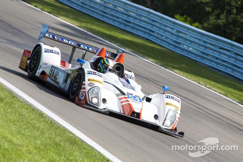 #54 CORE autosport ORECA FLM09: 琼·本内特, 科林·布朗