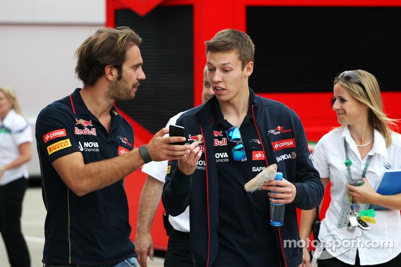 (L to R): Jean-Eric Vergne, Scuderia Toro Rosso with team mate Daniil Kvyat, Scuderia Toro Rosso