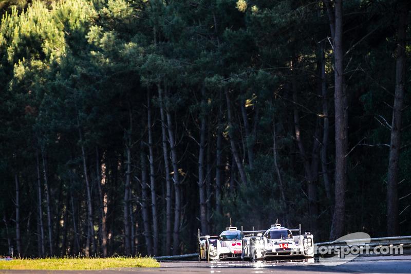 #14 Porsche Team Porsche 919 Hybrid: Romain Dumas, Neel Jani, Marc Lieb, #1 Audi Sport Team Joest Audi R18 E-Tron Quattro: Lucas Di Grassi, Marc Gene, Tom Kristensen
