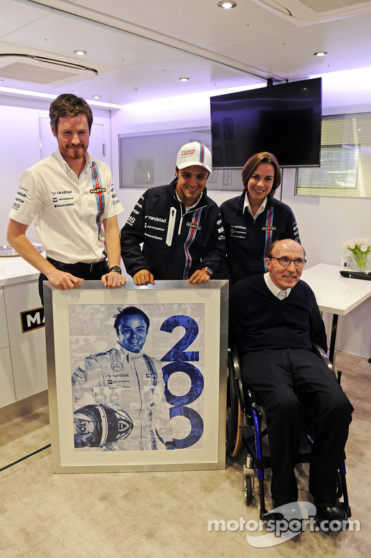 Felipe Massa, Williams, feiert seinen 200. GP, Rob Smedley, Techikchef Williams; Claire Williams, stellvertretendet Teamchefin Williams