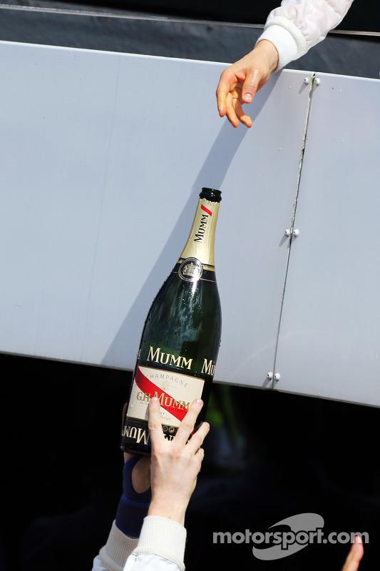 Valtteri Bottas, Williams celebra seu segundo lugar no pódio