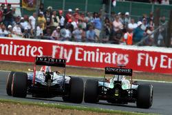 Daniel Ricciardo, Red Bull Racing RB10 and Nico Hulkenberg, Sahara Force India F1 VJM07 battle for position