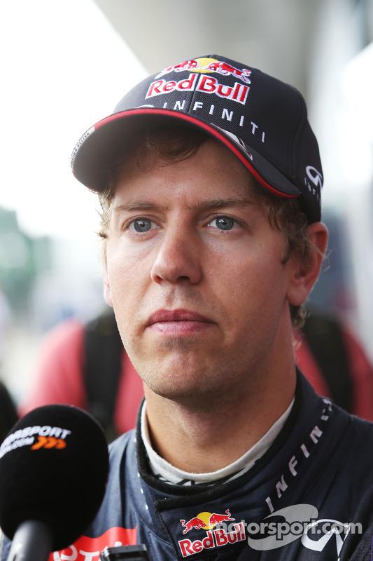 Sebastian Vettel, Red Bull Racing con los medios
