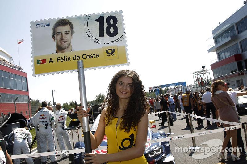 Grid kızı: Antonio Felix da Costa, BMW MTEK Takımı BMW M4 DTM