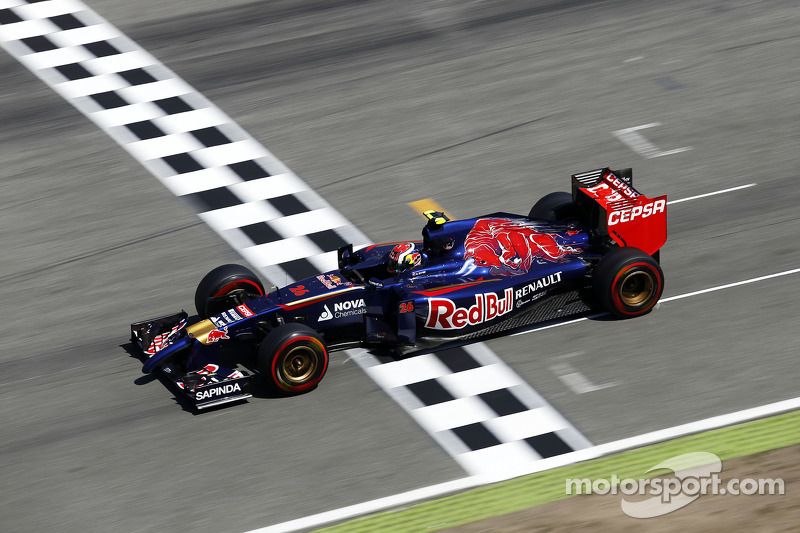 Daniil Kvyat, Scuderia Toro Rosso STR9