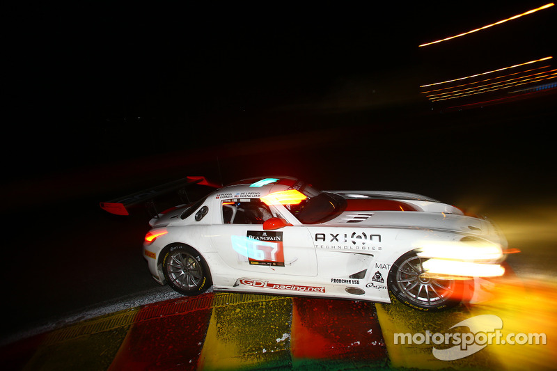 #67 GDL Racing 梅赛德斯 SLS AMG GT3