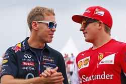 Fahrerparade: Sebastian Vettel, Red Bull Racing; Kimi Räikkönen, Ferrari