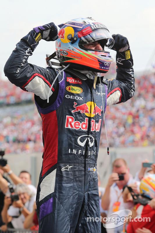Daniel Ricciardo, Red Bull Racing celebra resultado