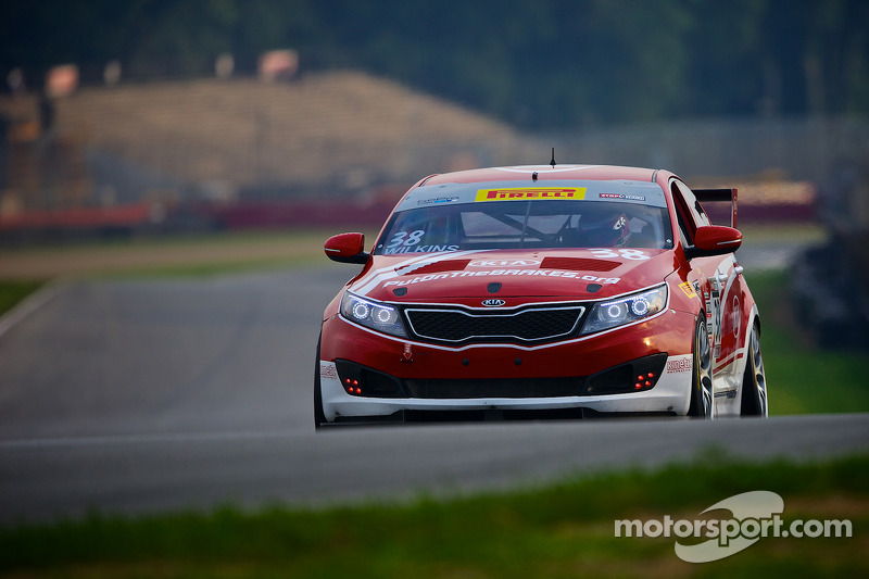 38 kia racing kinetic motorsports kia optima mark wilkins at mid ohio. Black Bedroom Furniture Sets. Home Design Ideas