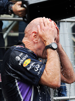 Adrian Newey, Red Bull Racing Chief Technical Officer takes part in the ALS ice bucket challenge
