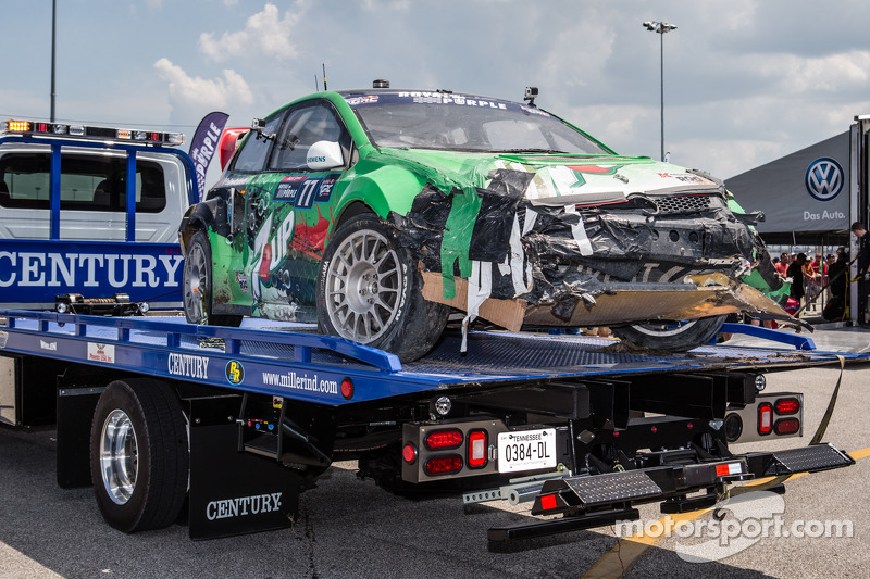 Gravi danni alla # 77 Volkswagen Andretti Rallycross Volkswagen Polo: Scott Speed