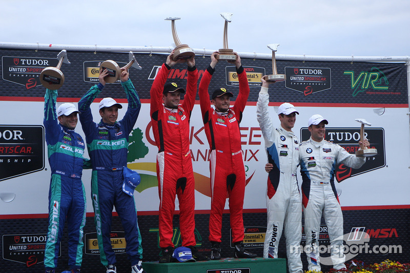 #62 Risi Competizione 法拉利 F458: 吉安卡洛·费斯切拉, 皮埃尔·卡费尔, #17 Team Falken Tire, 保时捷 911 GT3 RSR: 沃尔夫·亨泽尔,