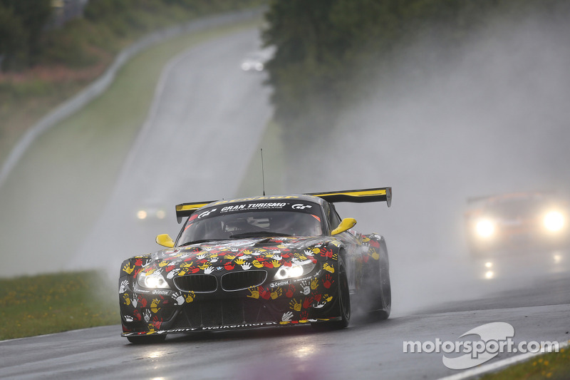 #36 Walkenhorst Motorsport 宝马 Z4 GT3: 尼克拉斯·肯特尼希, 彼得·波萨维奇, 亨利·瓦尔肯霍斯特, 和ers Burchardt