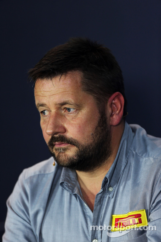 Paul Hembery,  Diretor de Motorsport da Pirelli, na conferência de imprensa da FIA