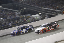 Jimmie Johnson y Kurt Busch