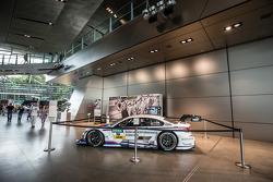 Martin Tomczyk的DTM赛车, 宝马车队Schnitzer,宝马 M4 DTM正在展示