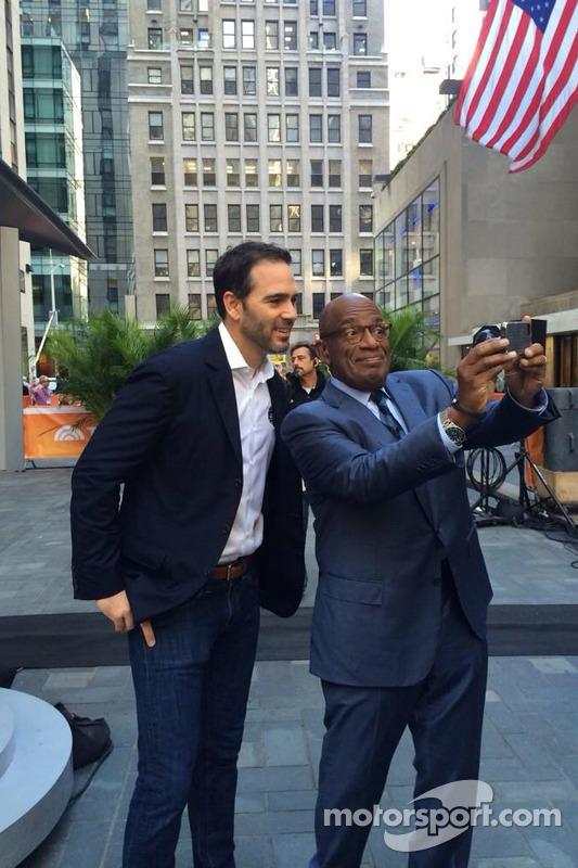 Jimmie Johnson, Hendrick Motorsports Chevrolet visita Nova York