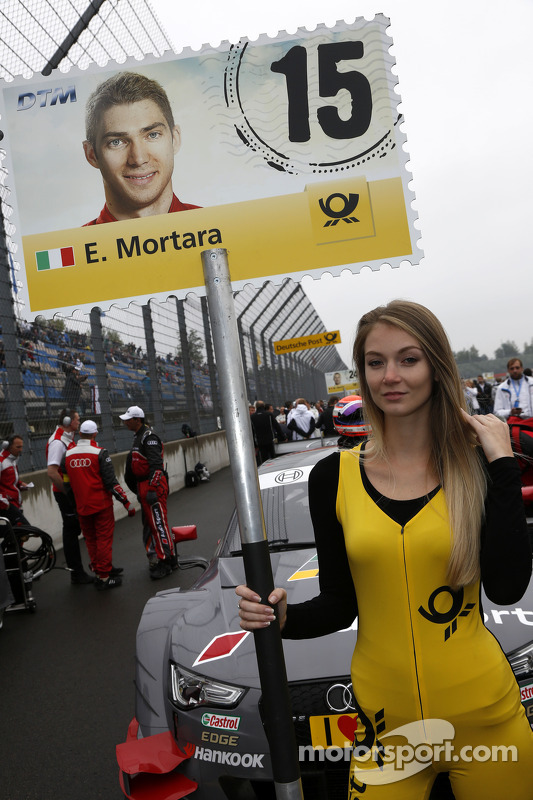 Grid girl de Edoardo Mortara, Audi Sport Team Abt Audi RS 5 DTM