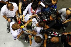 尼克·罗斯伯格, 梅赛德斯AMG F1车队,和媒体在一起