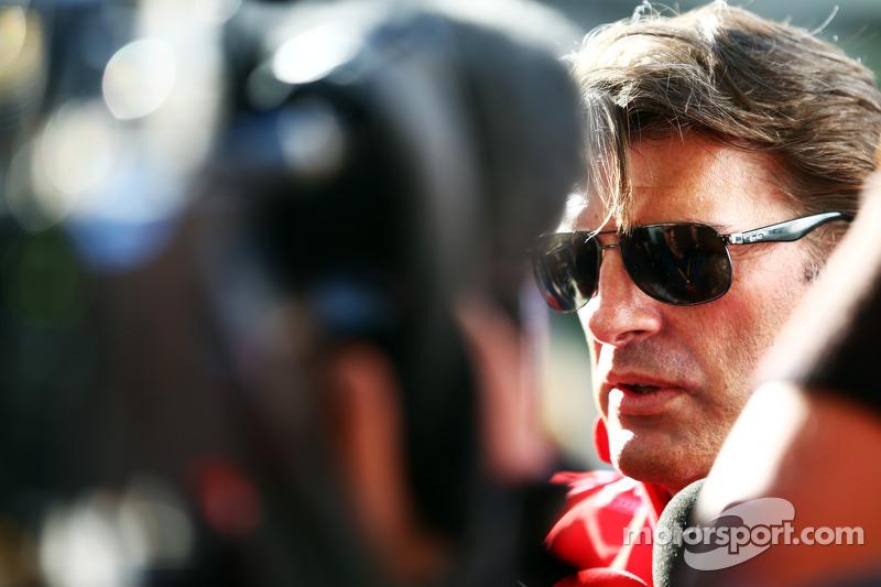 Graeme Lowdon, Amministratore Delegato Marussia F1 Team con i giornalisti