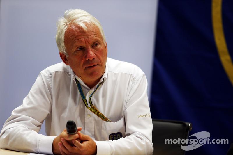 Charlie Whiting, FIA Delegesi FIA Basın Konferansı'nda Marussia F1 Takımı Pilotu Jules Bianchi'nin S