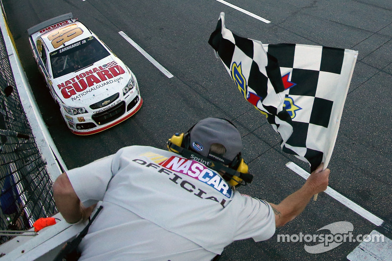 2014, Martinsville 2: Dale Earnhardt Jr. (Hendrick-Chevrolet)