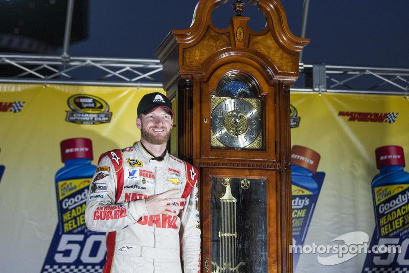 Ganador de la Carrera Dale Earnhardt Jr., Hendrick Motorsports Chevrolet